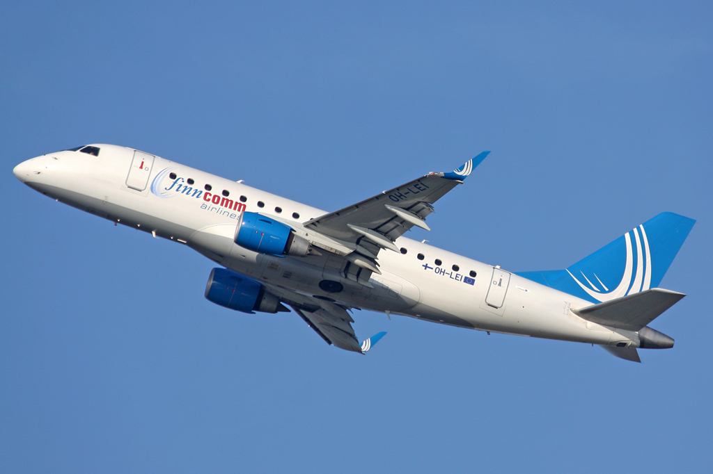 Finncomm Airlines Embraer ERJ-170-100STD OH-LEI in DUS am 27.01.2012