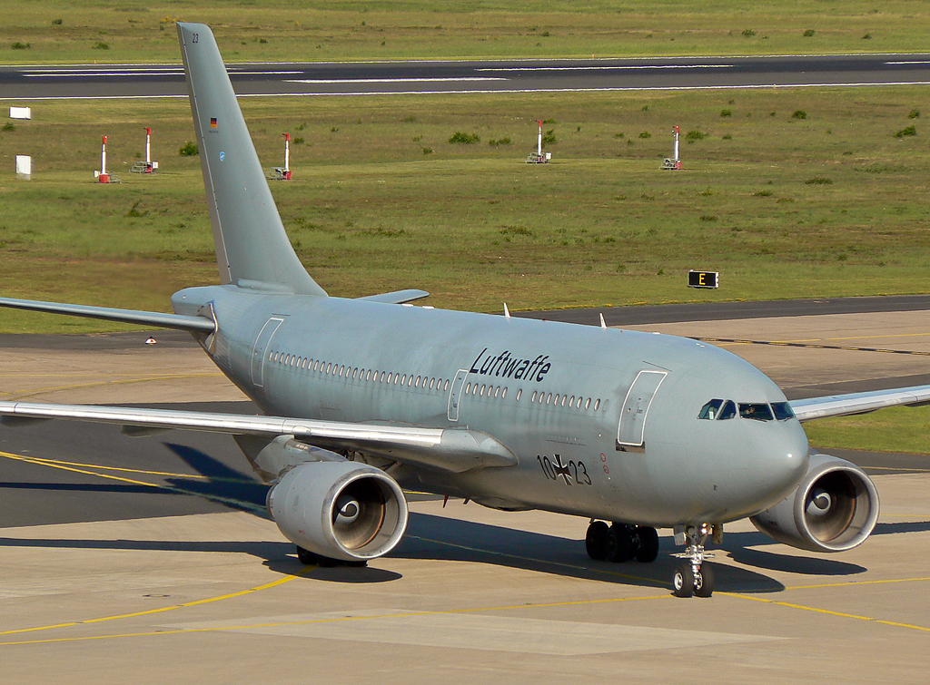 Luftwaffe Airbus A310-304(ET) 10+23 in CGN am 03.06.2010