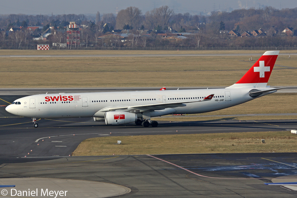 Swiss Airbus A330-343E HB-JHF in DUS am 11.02.2012